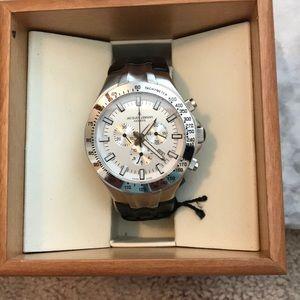 Men's black & silver Jacques Lemans watch.